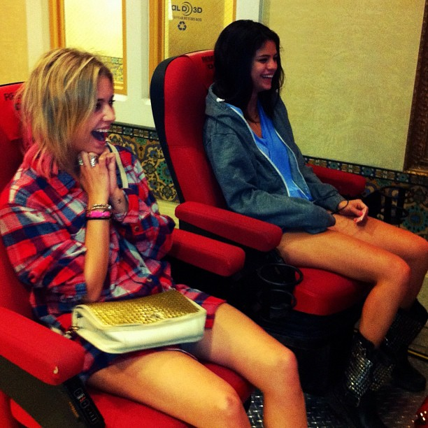 Selena Gomez and Ashley Benson Watch Hunger Games In Fabulous Manner