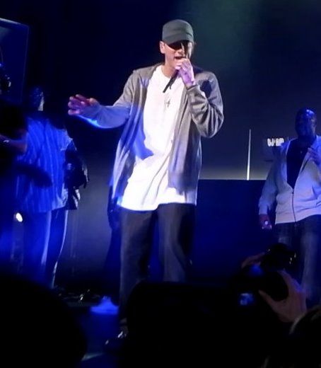Eminem Tin Foils His Hotel Room To Sleep Soundly