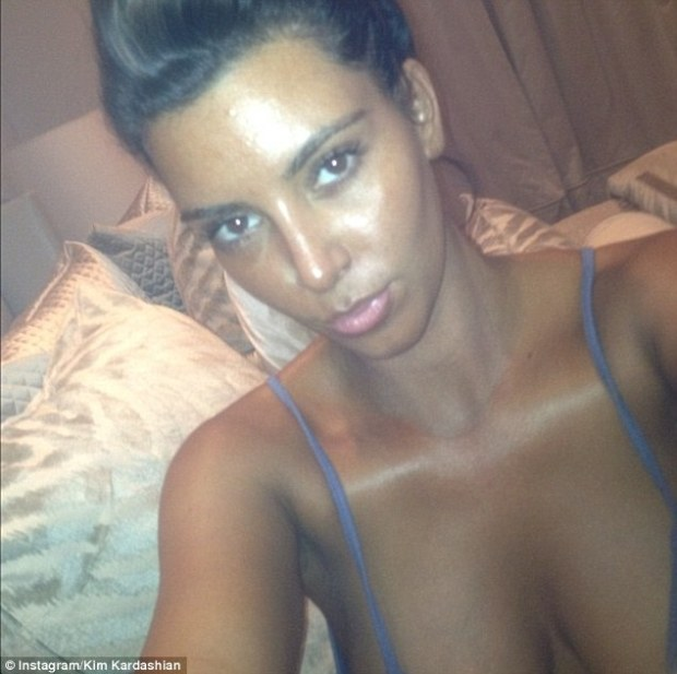 Kim Kardashian Takes The Mick Out Of Tanning Mom Patricia Krentcil On Twitter!