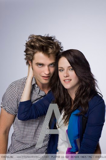 TeenMagazine-2008-robert-pattinson-and-kristen-stewart-6601093-350-525