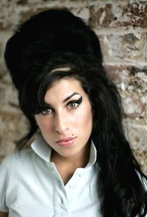 amy-winehousehjhjhjhj