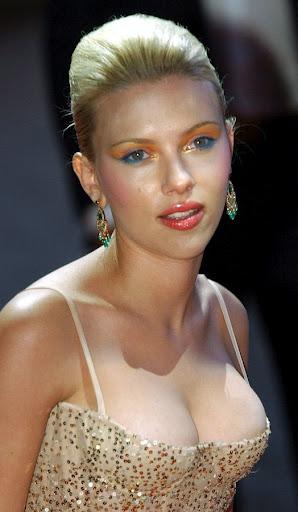 Scarlett Johansson | Luke Williams Gossip Katie Holmes Scientology