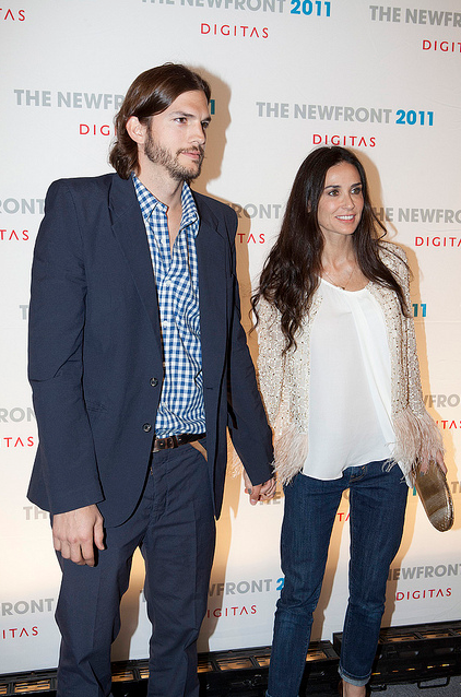 Demi Moore Is 'Jealous And Frustrated' Over Ashton Kutcher's New Lady!