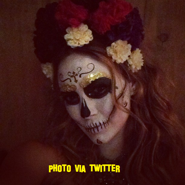 Hilary Duff Dresses Up For Halloween!