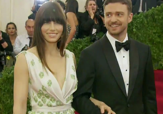 Justin Timberlake & Jessica Biel Getting Married LIVE NOW!!