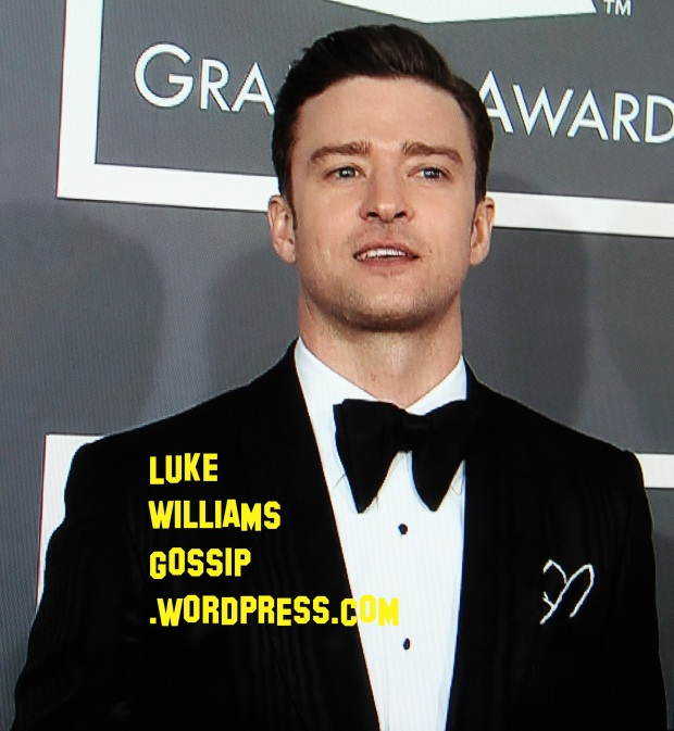Justin Timberlake Goes To The Grammy Awards In A Suit & Bow Tie