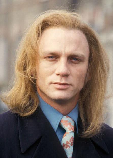 Daniel Craig With Long Hair!!