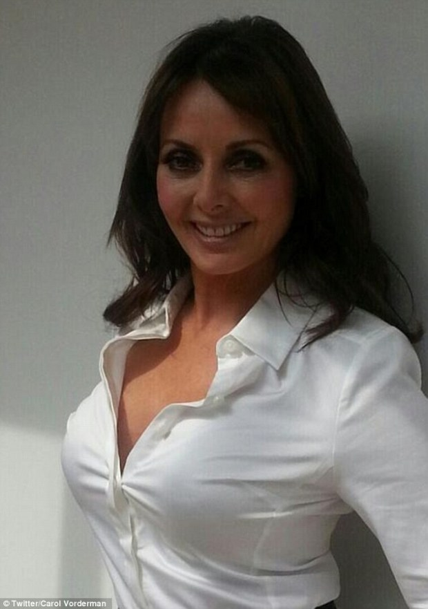Carol Vorderman Is All Better Now As She Shows Of Her Healed Face After A Fall Down The Stairs