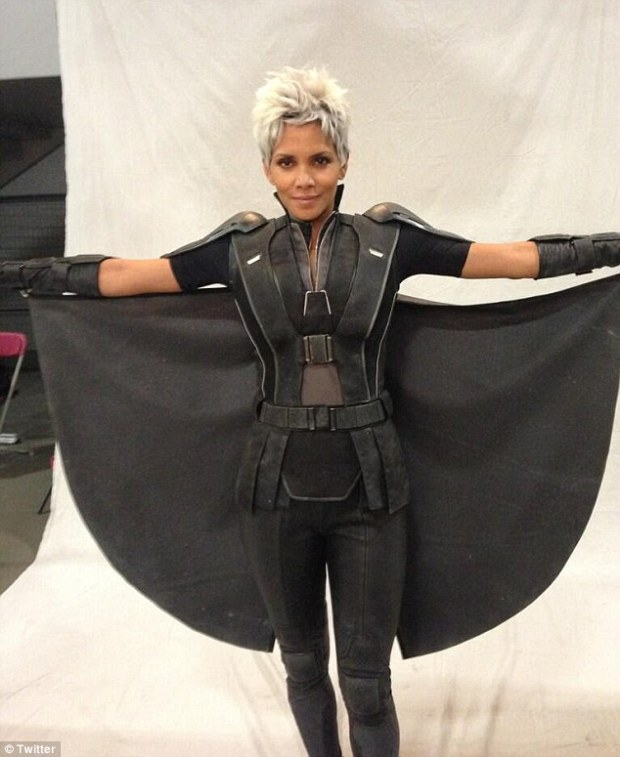 Halle Berry Show's Off New Look In X-Men Days Of Future Past!