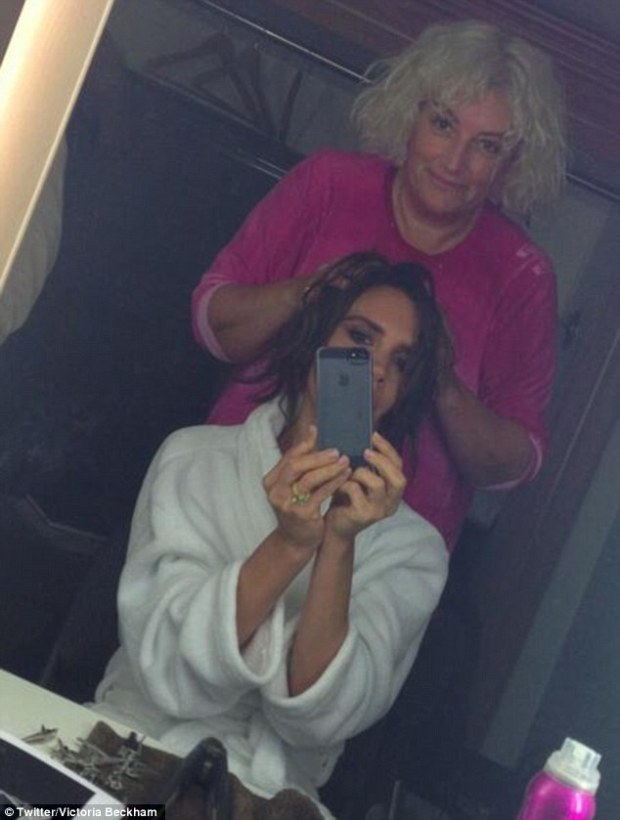 Victoria Beckham Show's Off What She Look's Like Without Hair Extensions!