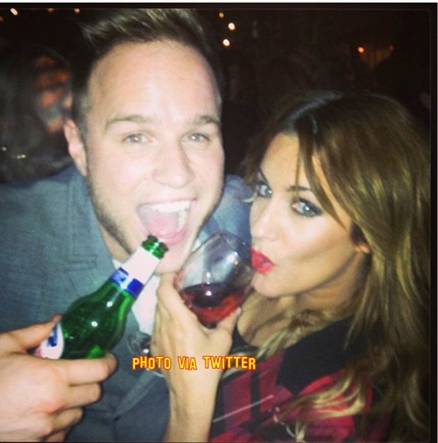 Caroline Flack And Olly Murs Cozy Up Over Drinks