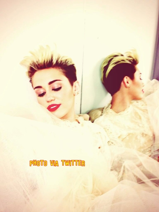 Miley Cyrus Puts The Breakup Rumours To Bed As She Post Photo Dressed In A Wedding Dress
