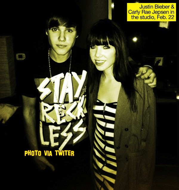 Carly Rae Jepsen Says Justin Bieber Is 'Doing The Best He Can!'