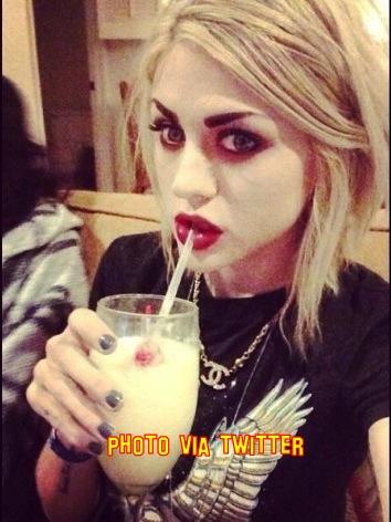 Frances bean cobain dating logan lerman