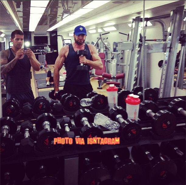 Hugh Jackman Posts More Photo From His Workout Down The Gym